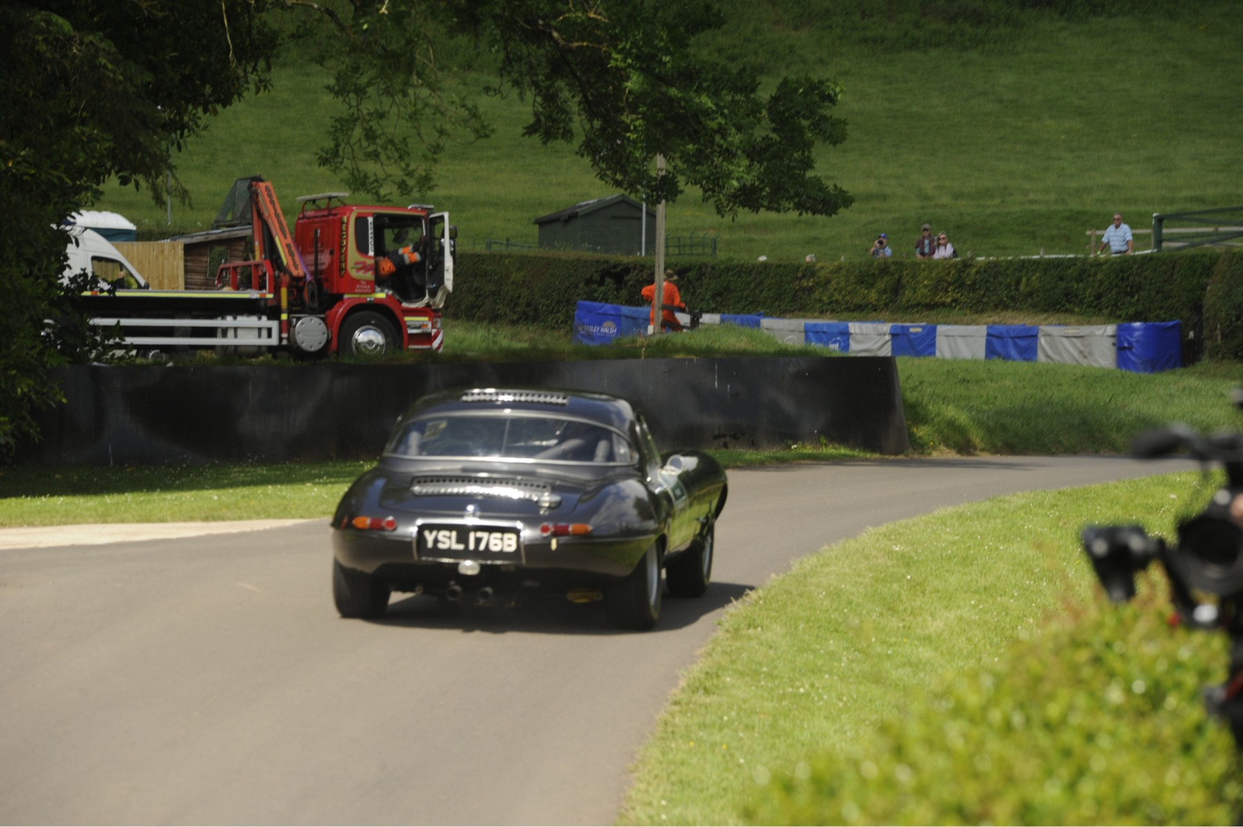 E-type-60-Saturday-photo-by-Abigail-Humphries-137