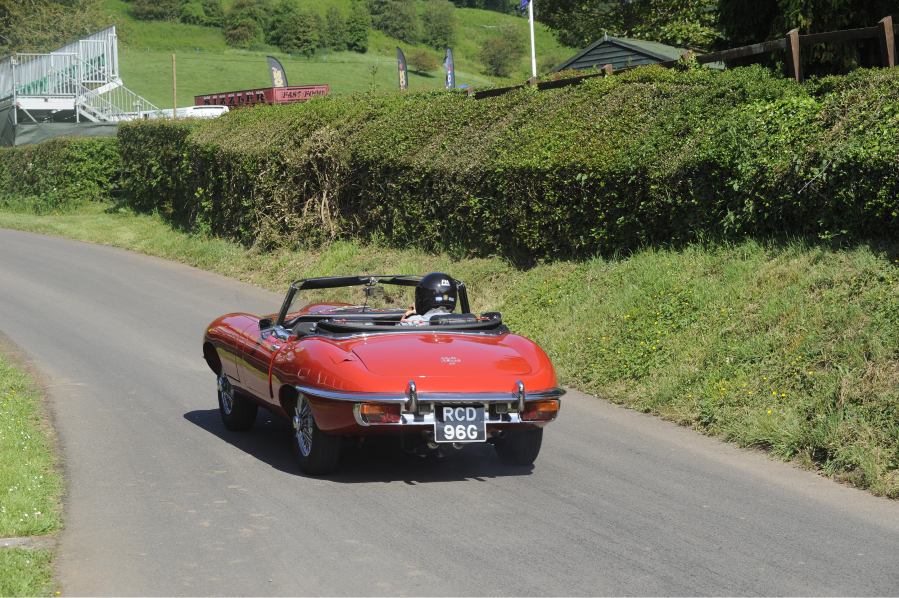 E-type-60-Saturday-photo-by-Abigail-Humphries-22