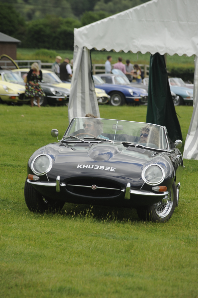 E-type-60-Saturday-photo-by-Abigail-Humphries-253