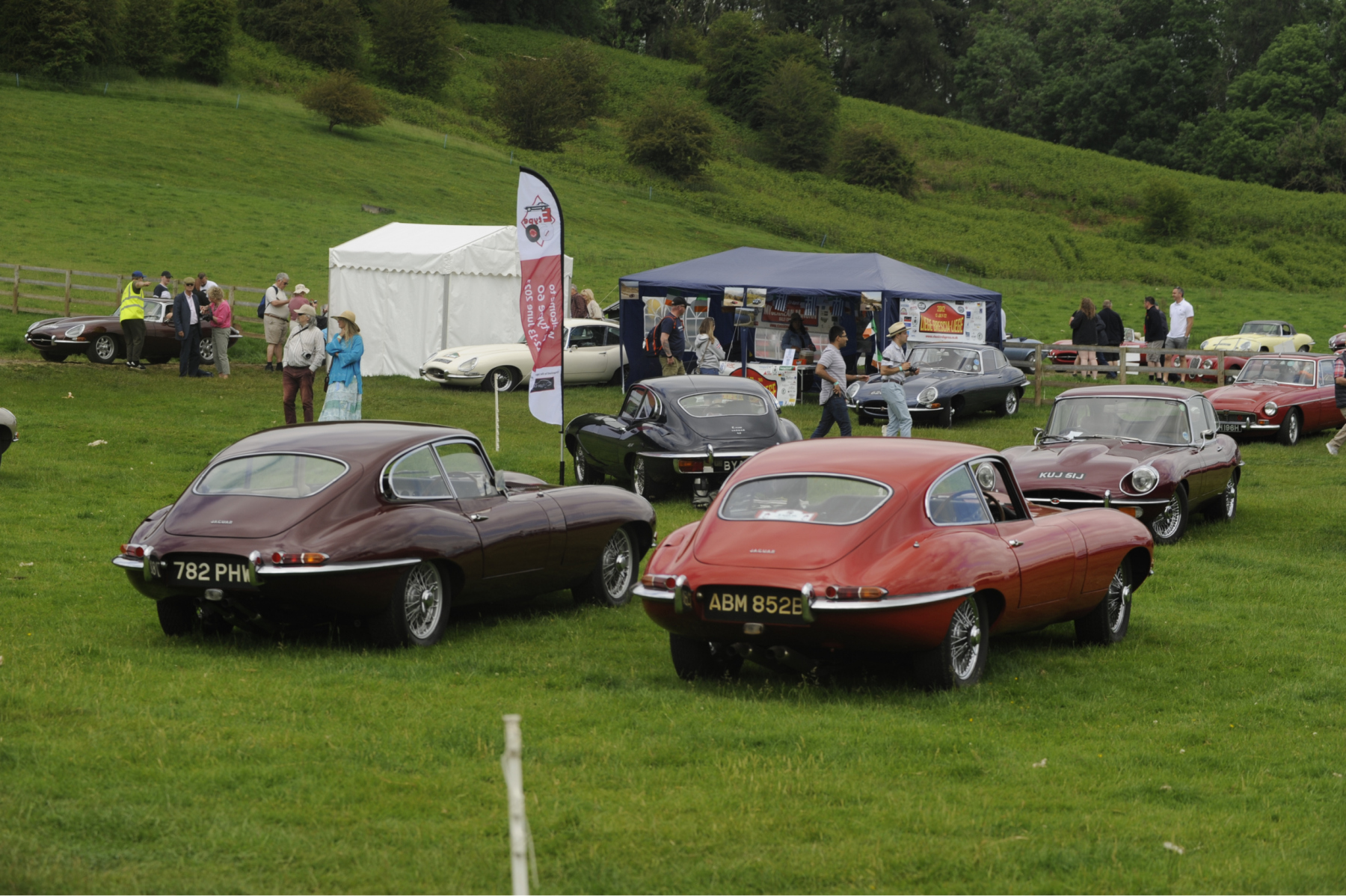 E-type-60-Saturday-photo-by-Abigail-Humphries-263