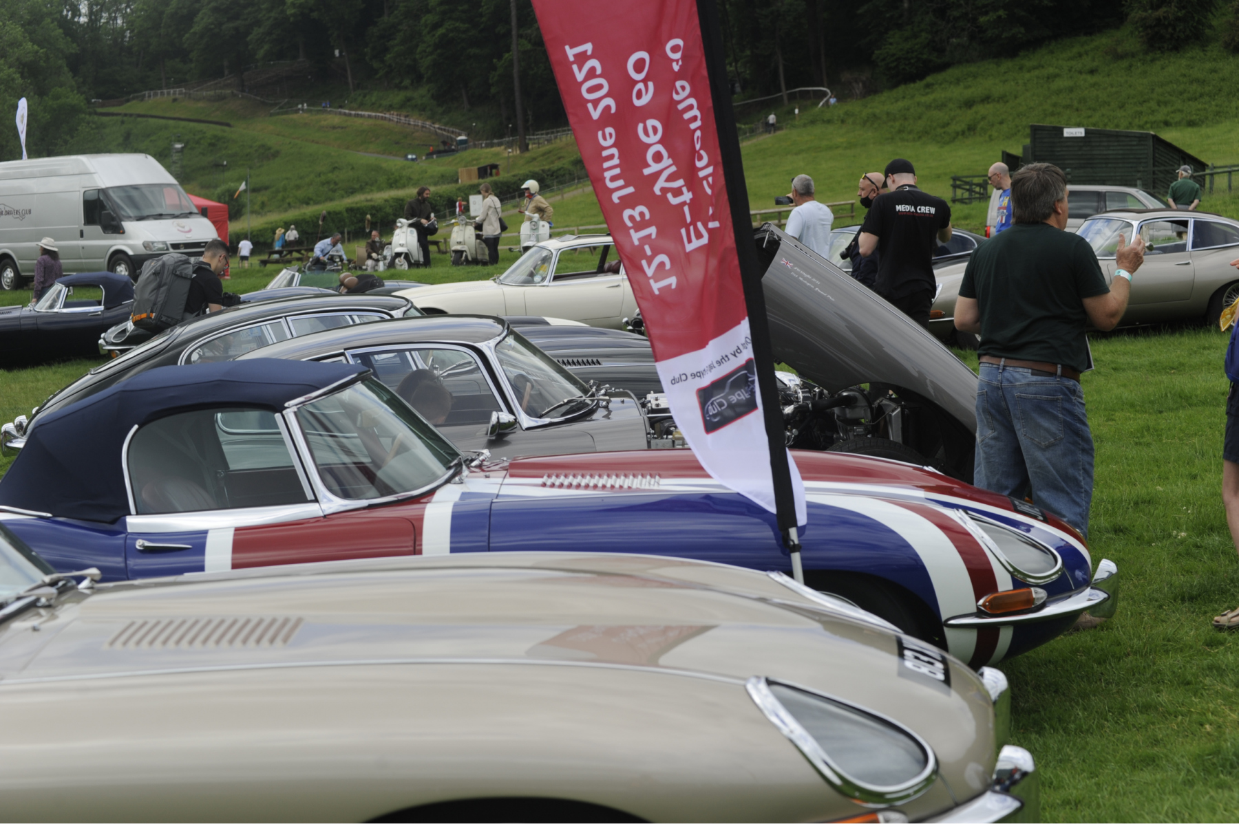 E-type-60-Saturday-photo-by-Abigail-Humphries-290