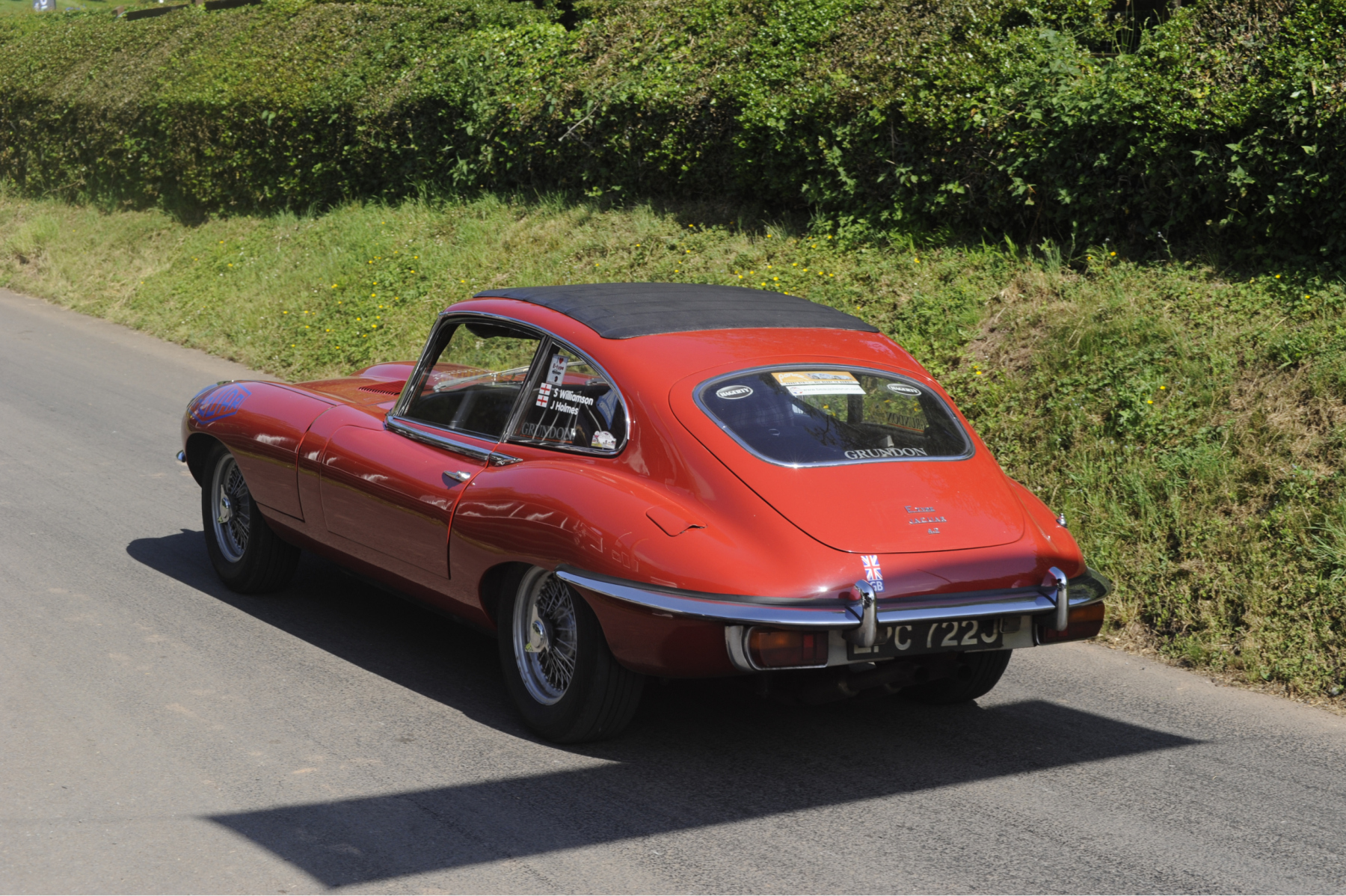 E-type-60-Saturday-photo-by-Abigail-Humphries-40