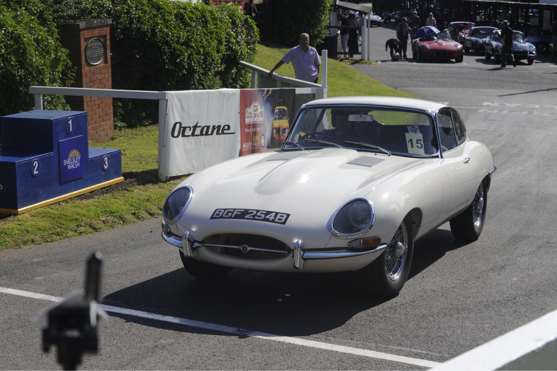 E-type-60-Saturday-photo-by-Abigail-Humphries-46