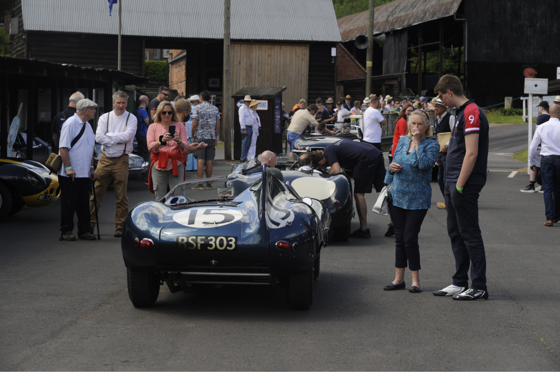 E-type-60-Saturday-photo-by-Abigail-Humphries-472