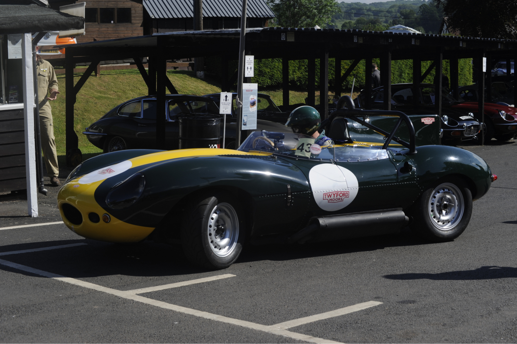 E-type-60-Saturday-photo-by-Abigail-Humphries-67