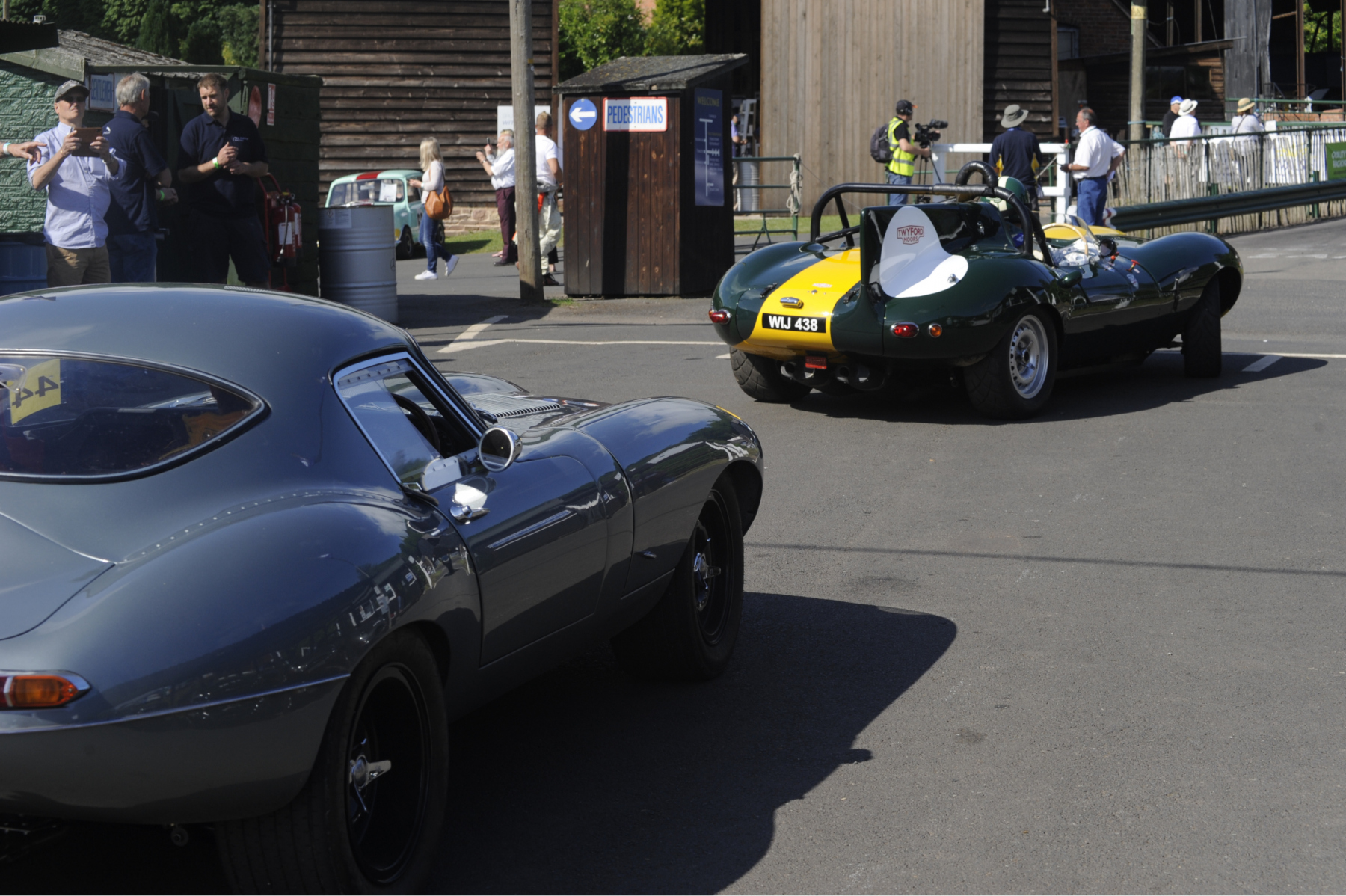 E-type-60-Saturday-photo-by-Abigail-Humphries-78