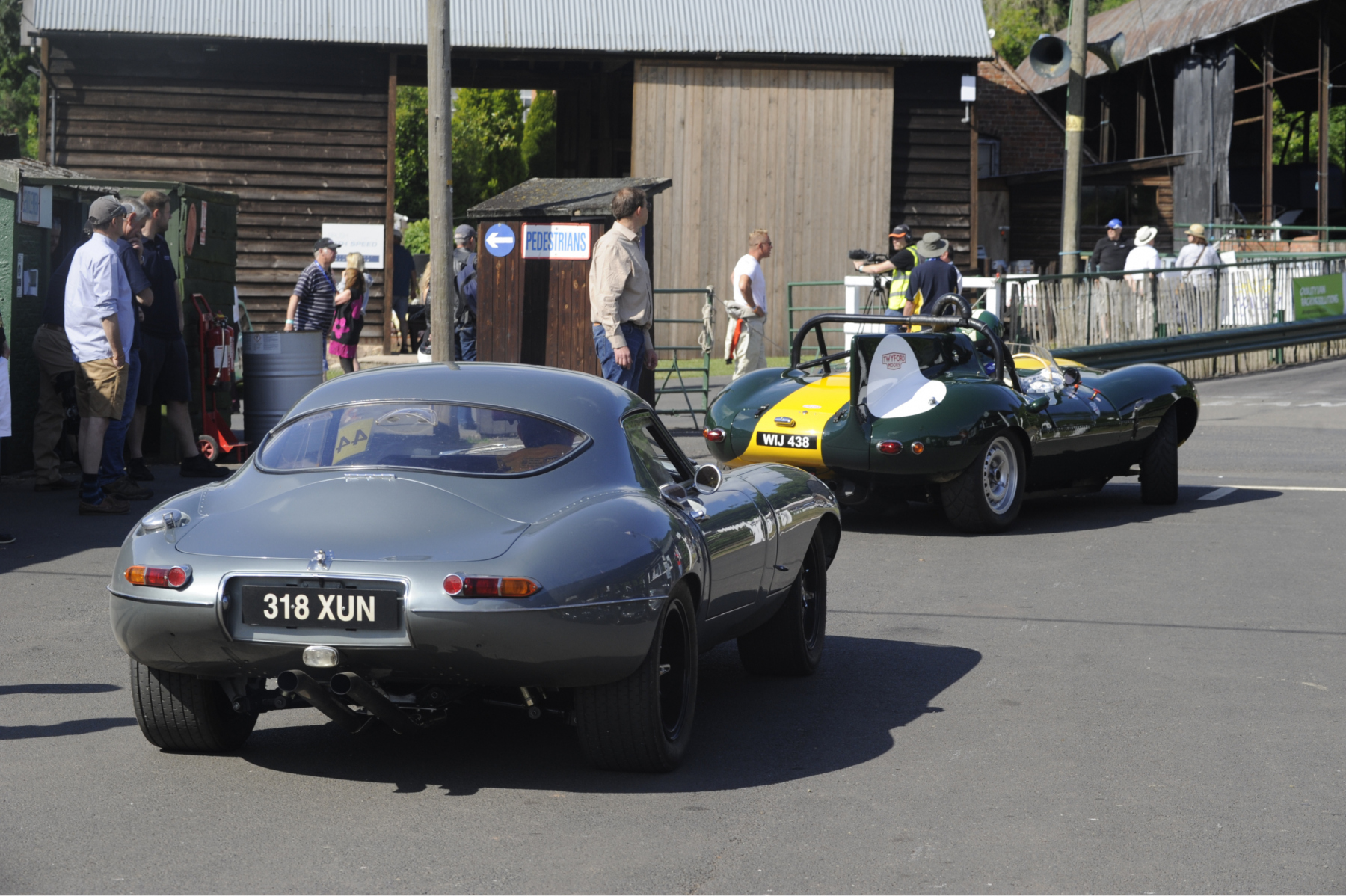 E-type-60-Saturday-photo-by-Abigail-Humphries-82