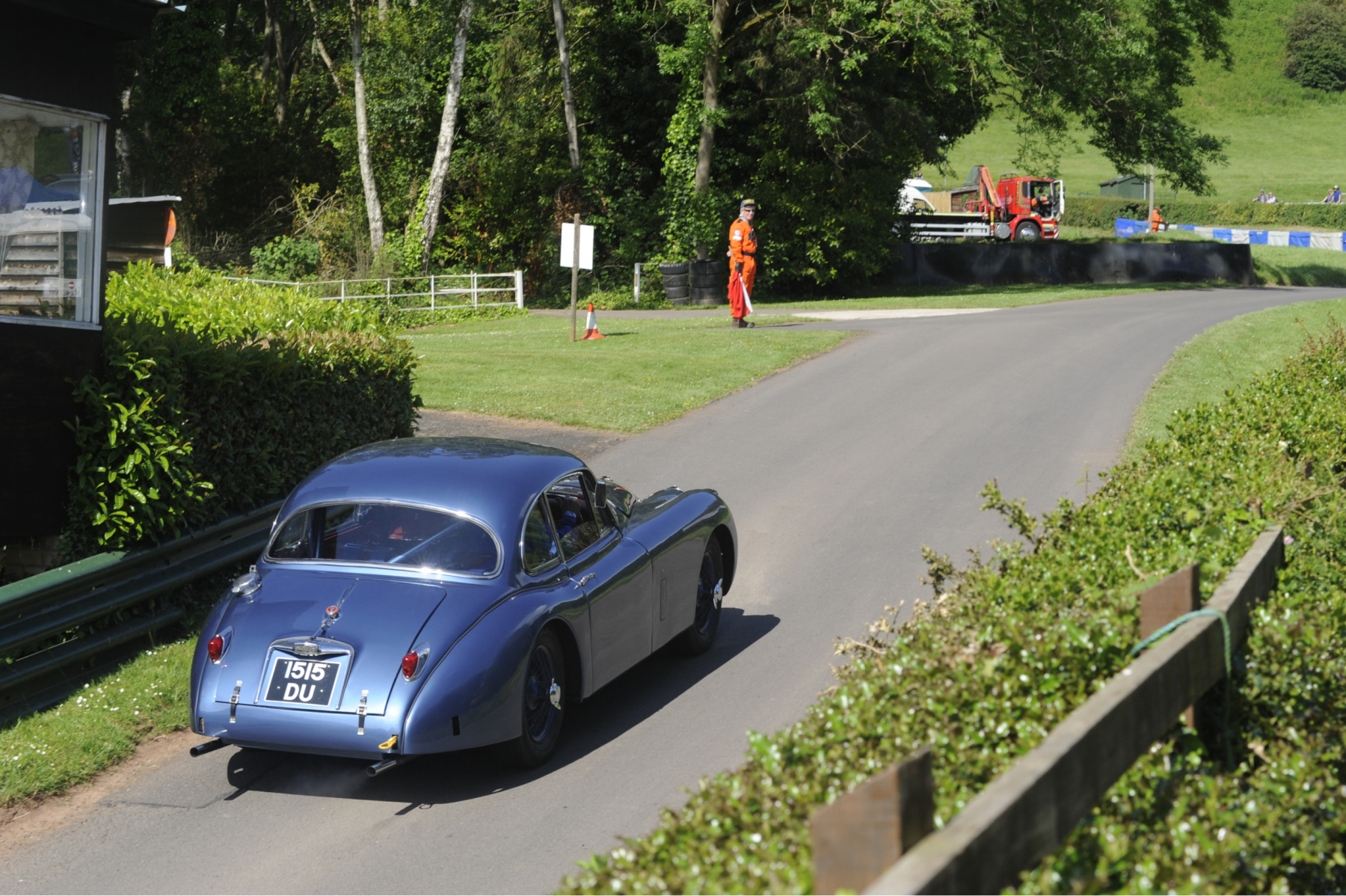 E-type-60-Saturday-photo-by-Abigail-Humphries-92