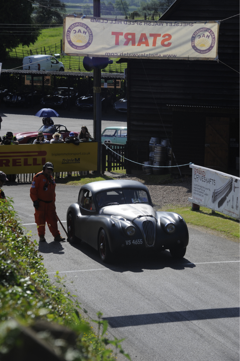 E-type-60-Saturday-photo-by-Abigail-Humphries-98